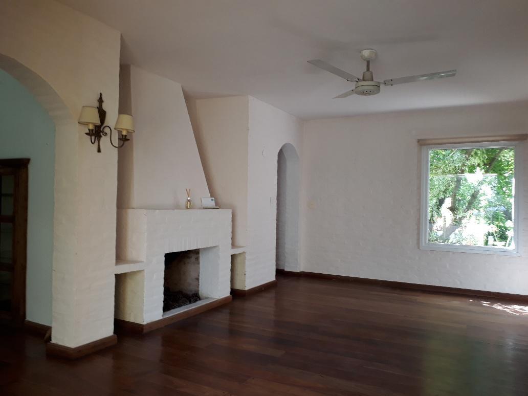 Foto Casa en Venta en  S.Isi.-Lasalle/Rio,  San Isidro  Rondeau al 1000