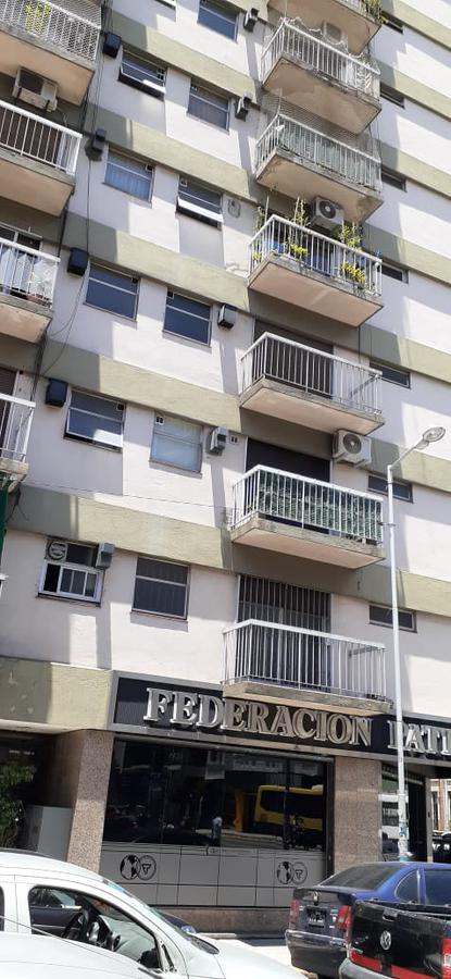 Foto Departamento en Alquiler en  Avellaneda,  Avellaneda  Levalle 96 Piso 3 Dto D
