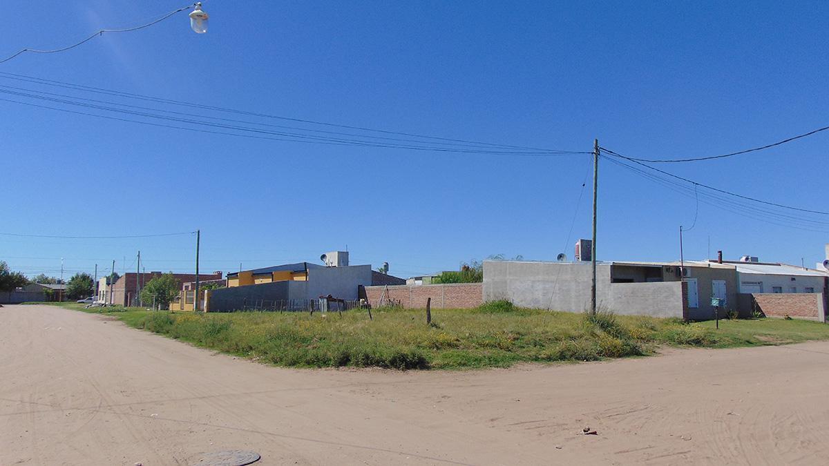 Foto Terreno en Venta en  General Pico,  Maraco  323 esq. 302