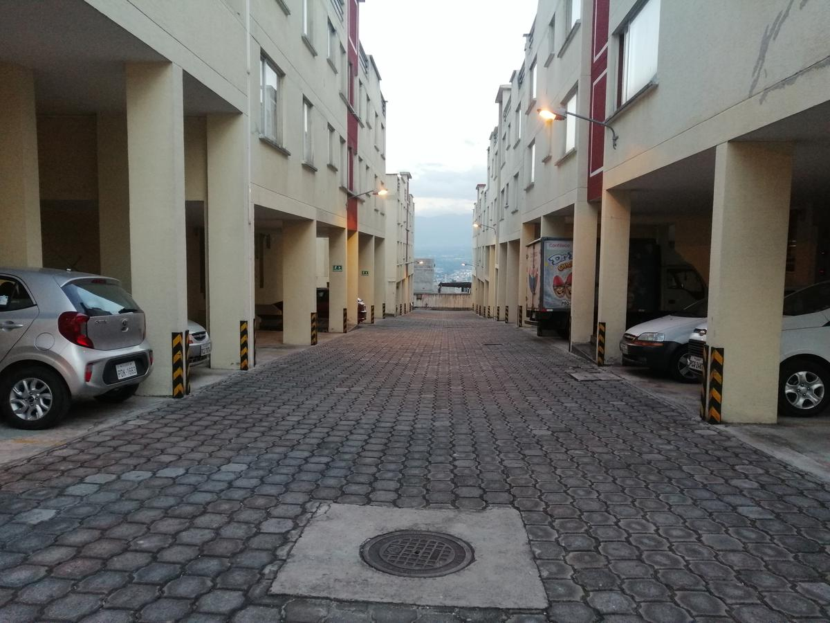 Foto Departamento en Venta en  Conocoto,  Quito  DEPARTAMENTO EN CONOCOTO