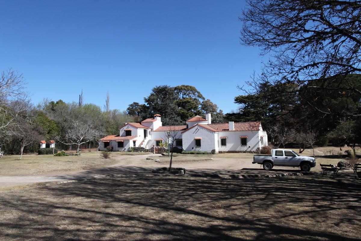 Foto Casa en Venta en  La Cumbre,  Punilla  Av. Benitez y Colon