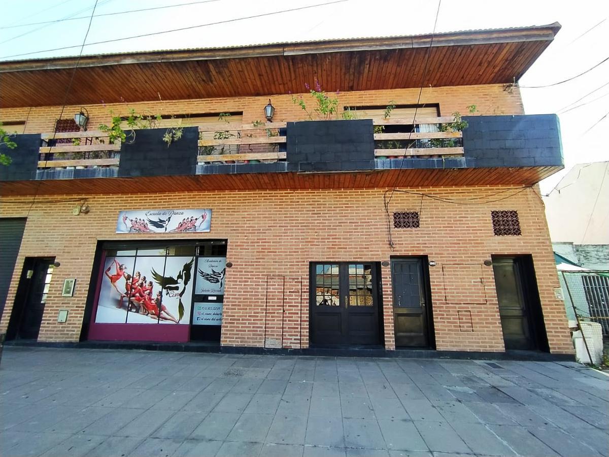 Foto PH en Venta en  Ciudad Madero,  La Matanza  Benito Álvarez 1000