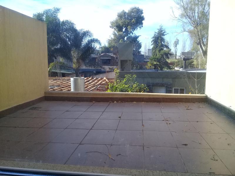 Foto Casa en Venta en  Barrio Parque Leloir,  Ituzaingo  Reseros al 1800