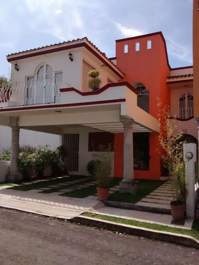 Foto Casa en Venta en  Congregacion La Orduña,  Coatepec  HERMOSA Y AMPLIA CASA EN VENTA O RENTA EN FRACC. LA ORDUÑA, COATEPEC, VER.