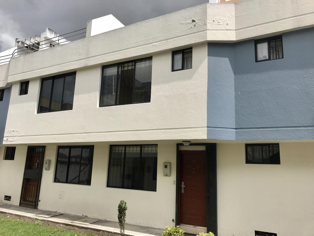 Foto Casa en Venta en  Calderón,  Quito  La Concordia y Geovanni Calles