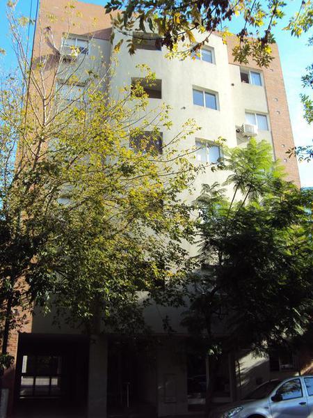 Foto Departamento en Alquiler en  La Plata ,  G.B.A. Zona Sur  40 entre 6 y 7