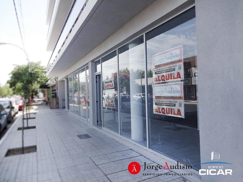 Foto Local en Alquiler en  General Pico,  Maraco  13 e/ Av. San Martin y 16