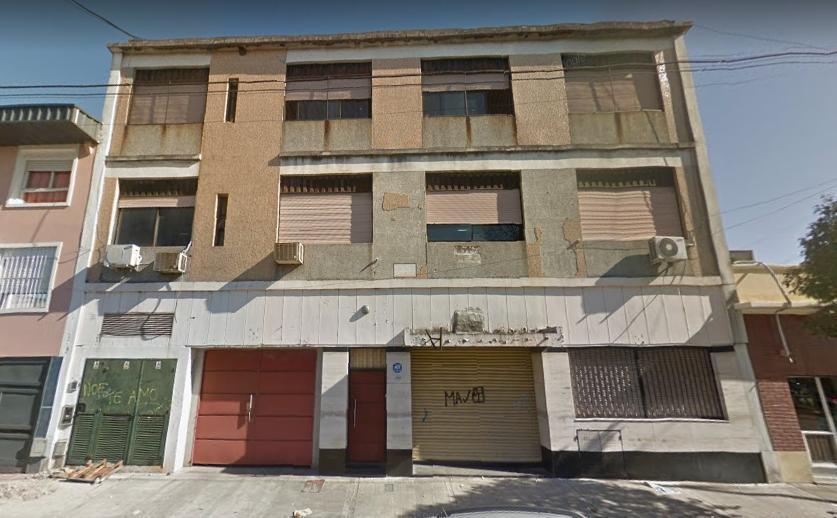 Foto Local en Venta en  Villa Riachuelo ,  Capital Federal  Guamini al 5600