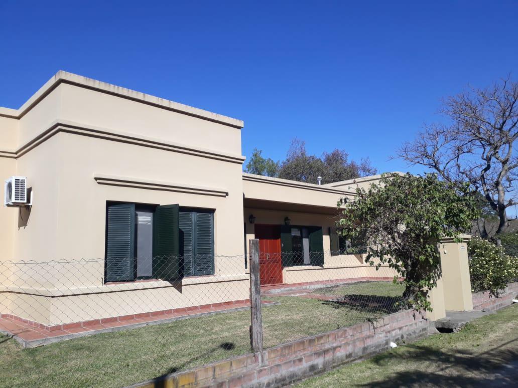 Foto Casa en Venta en  San Jose Del Rincon,  La Capital   Villa California