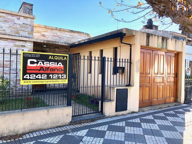 Foto Casa en Alquiler en  Luis Guillon,  Esteban Echeverria  INDEPENDENCIA 1478