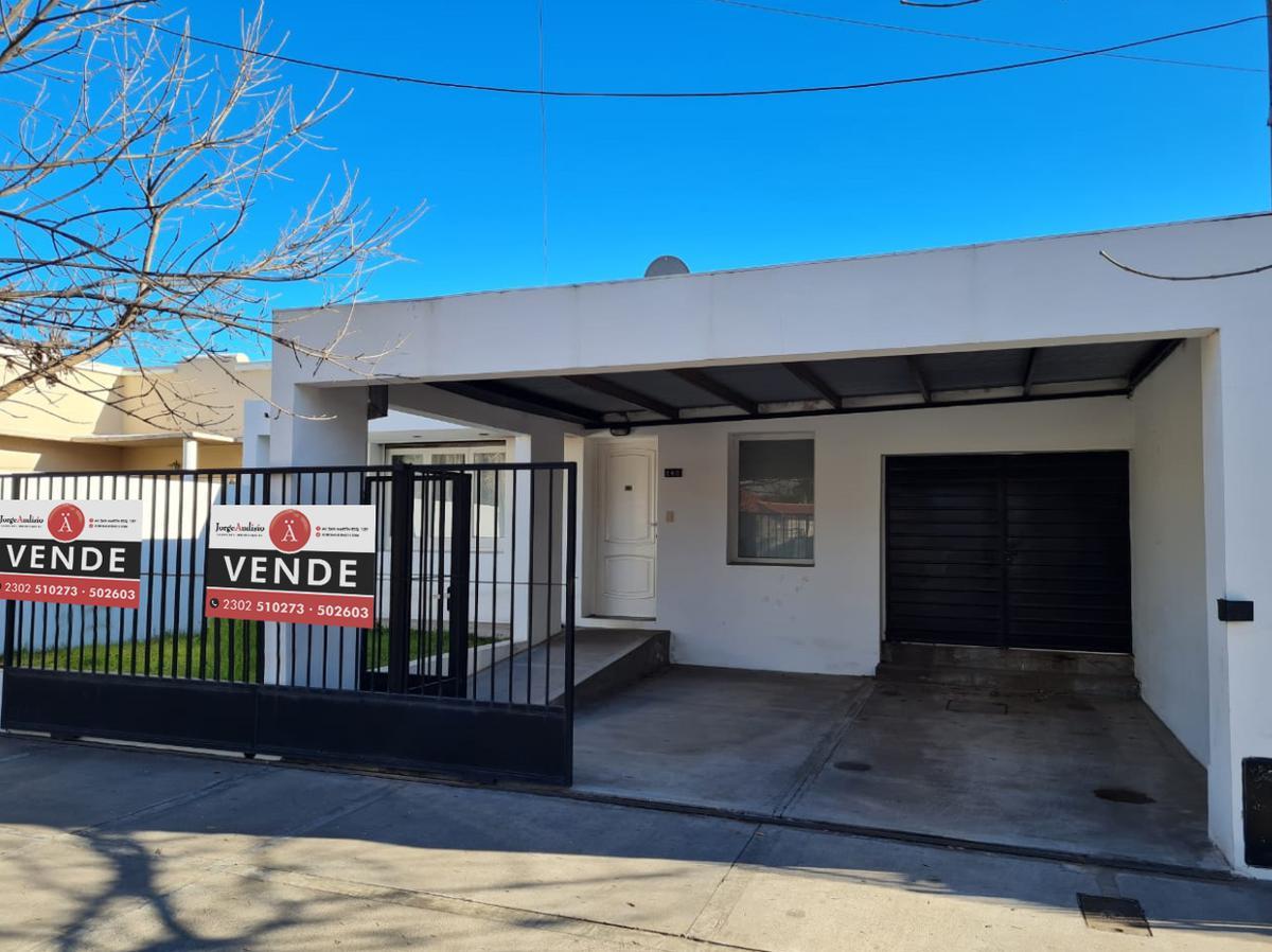 Foto Casa en Venta en  General Pico,  Maraco  Calle 13 e/ 8 y 6