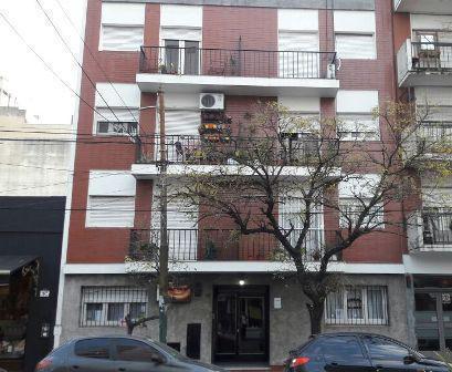 Foto Departamento en Venta | Alquiler en  Lomas De Zamora ,  G.B.A. Zona Sur  ESPAÑA 255