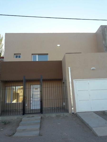 Foto Casa en Venta en  Capital ,  Neuquen  ruta 7