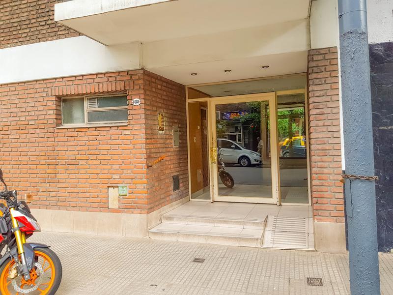 Foto Departamento en Venta en  P.Centenario ,  Capital Federal  Sarmiento 4680