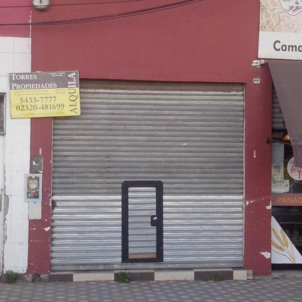 Foto Local en Alquiler en  Pablo Nogues,  Malvinas Argentinas  Av. del Sesquicentenario Nro. 2.573
