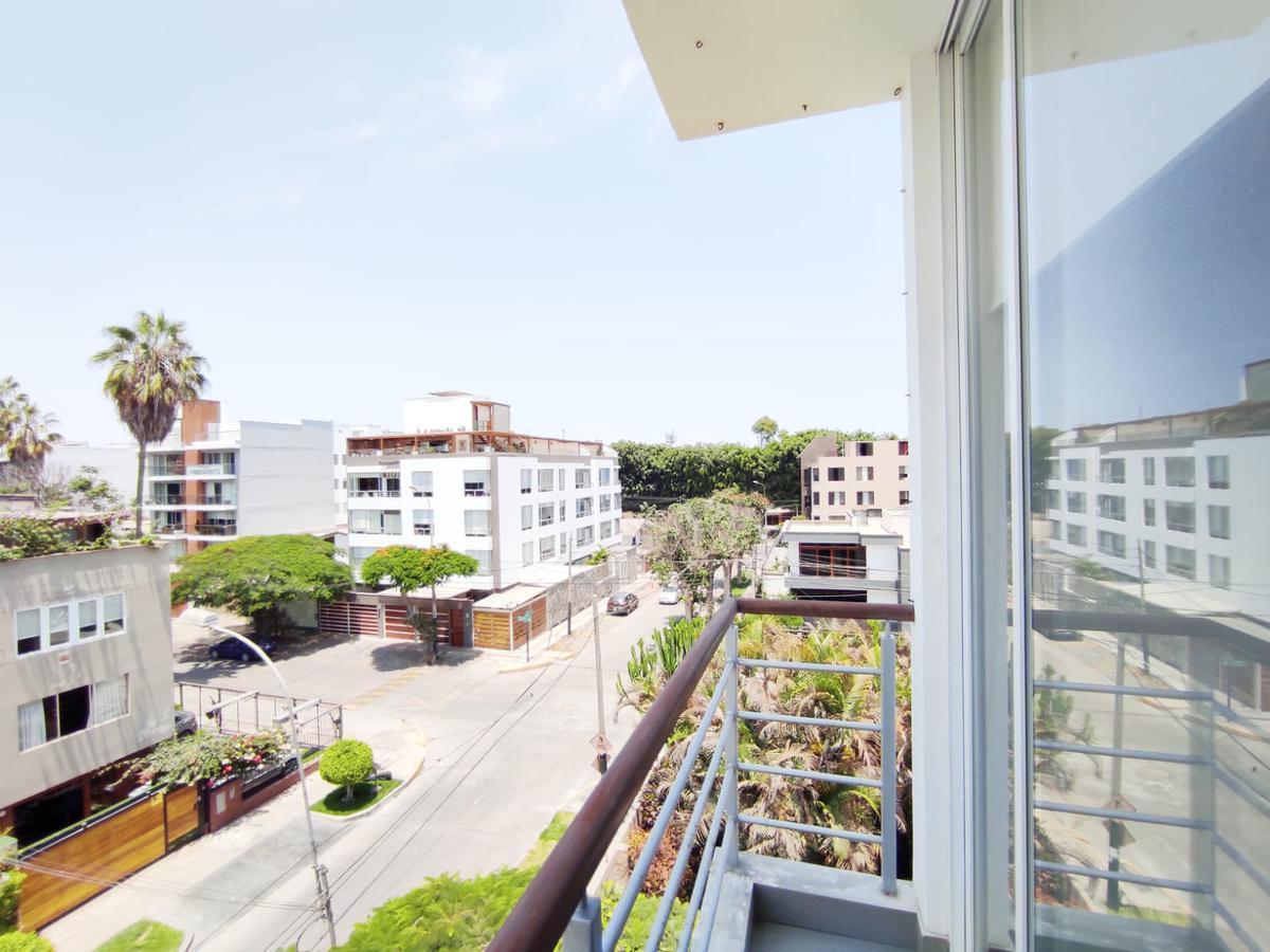 Foto Departamento en Venta en  Santiago de Surco,  Lima  Calle Bartolome de las Casas
