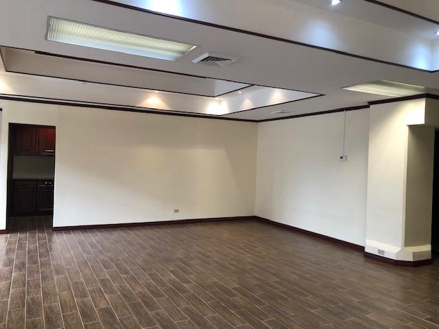 Foto Oficina en Renta en  Mata Redonda,  San José  OFICENTRO LA SABANA / Oficina de 104,57mt / Seguridad /Ubicación