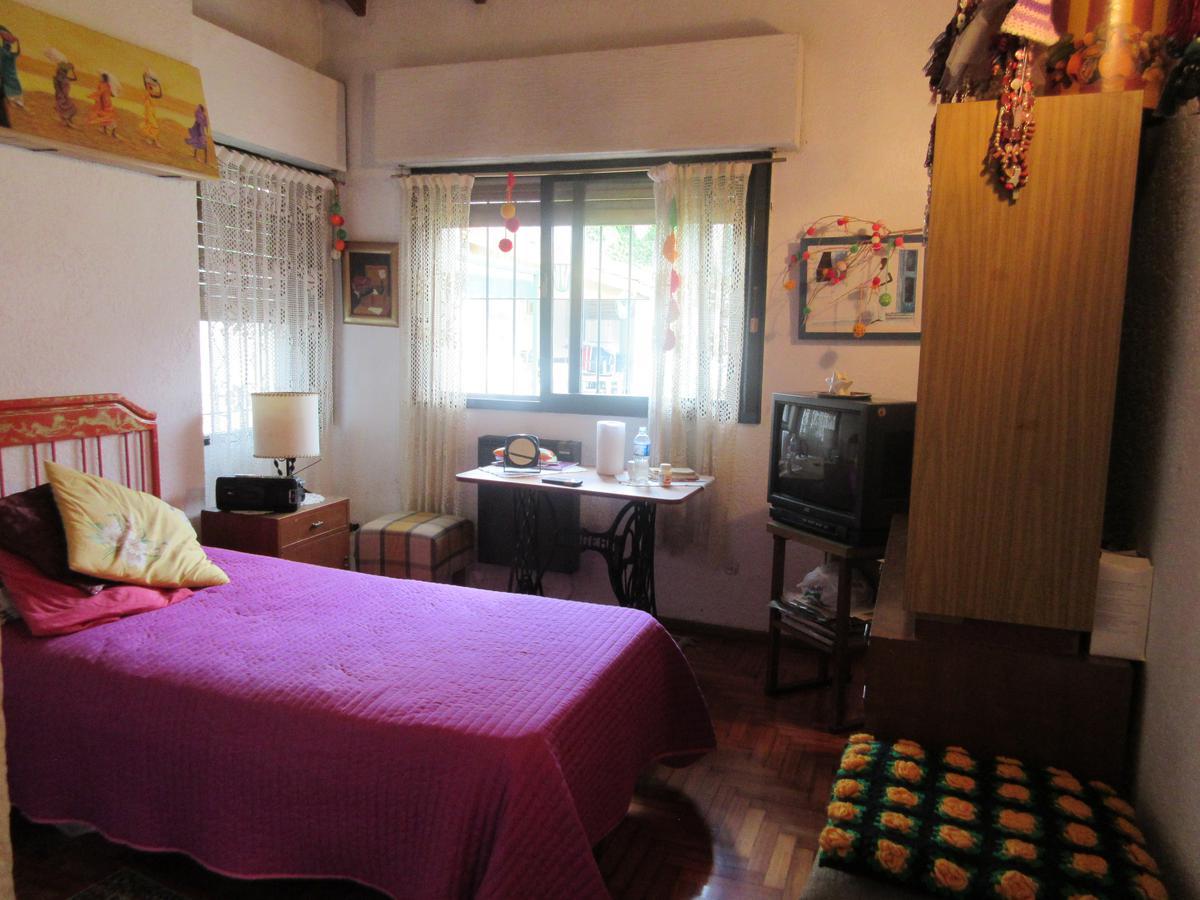 Foto Casa en Venta en  Mart.-Santa Fe/Fleming,  Martinez  Entre Rios al 1000