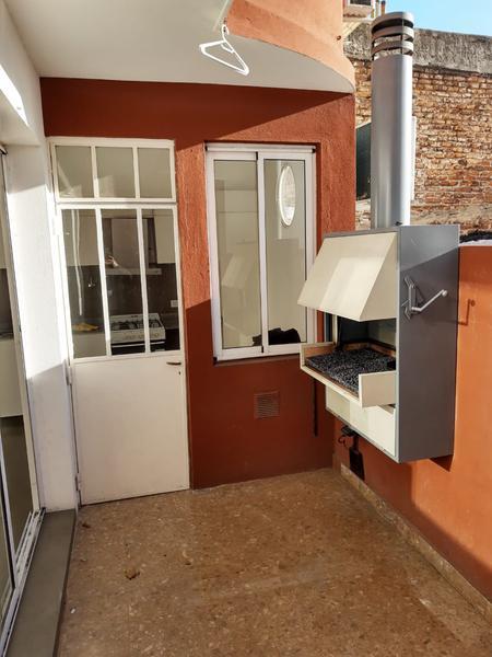 Foto PH en Alquiler en  Palermo Soho,  Palermo  PH (sin expensas) CON PATIO Y PARRILLA  EN ALQUILER  - GURRUCHAGA al 1300