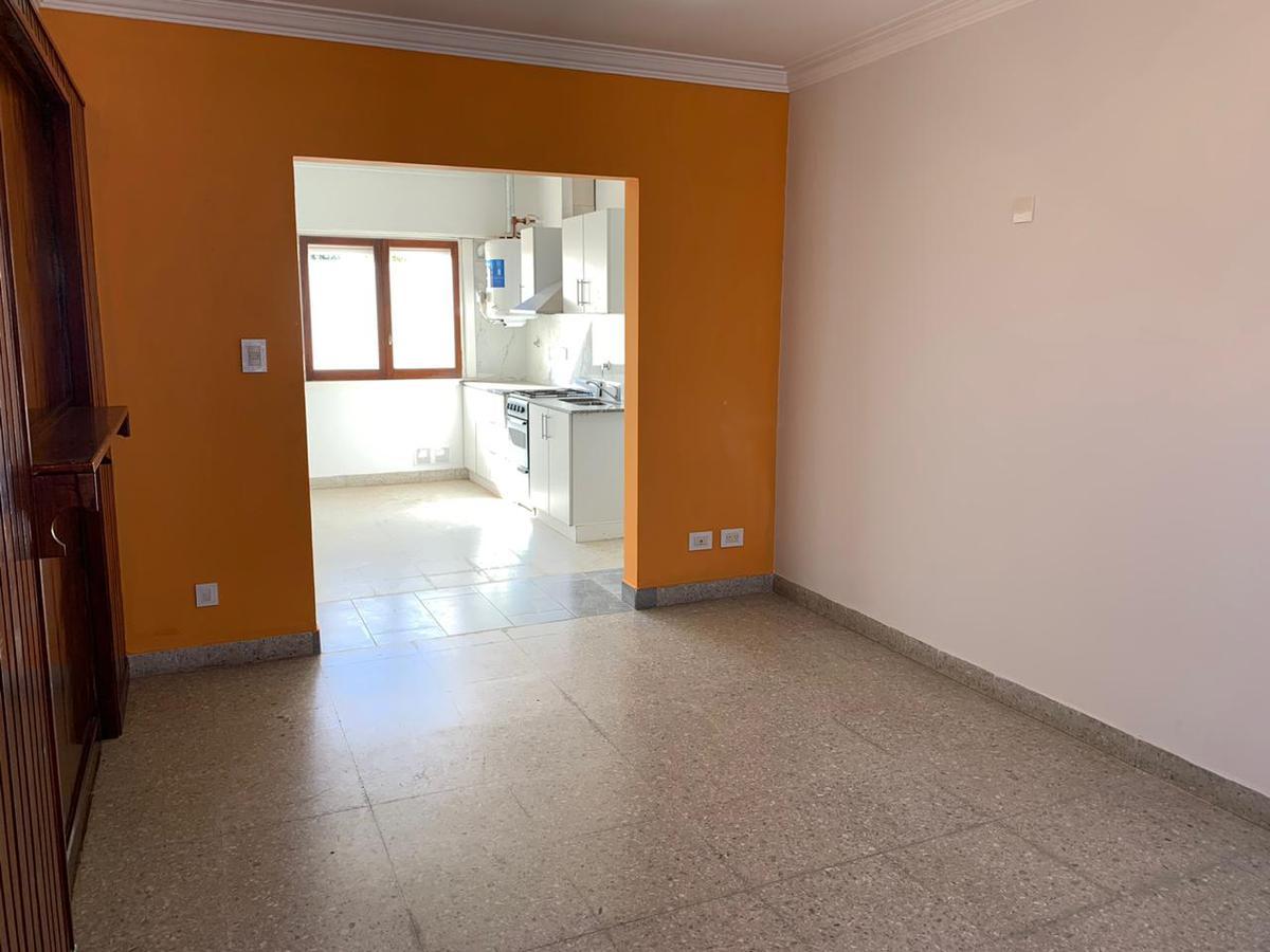 Foto Departamento en Alquiler en  Balcarce,  Balcarce          Calle 30 entre 23 y 25