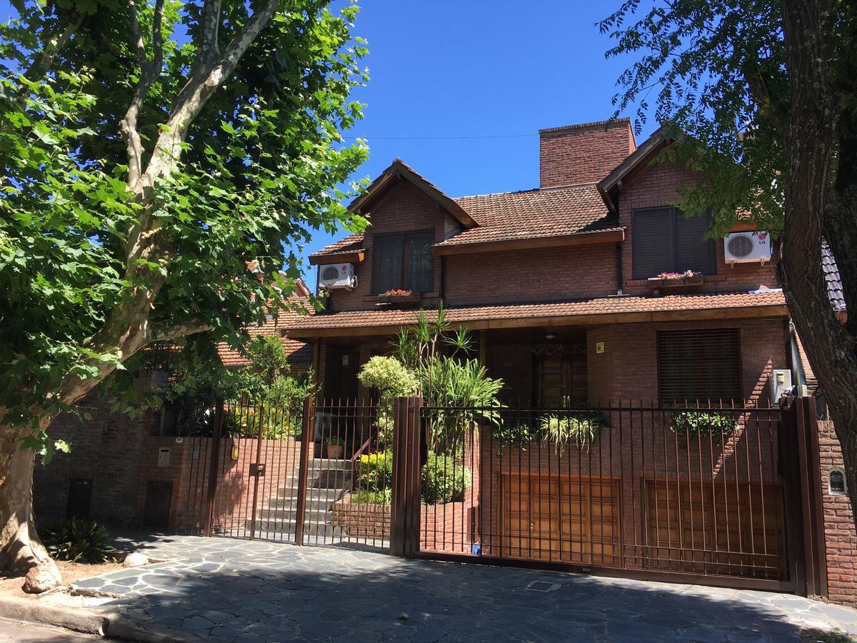Foto Casa en Venta en  Martinez,  San Isidro  Pasteur al 300