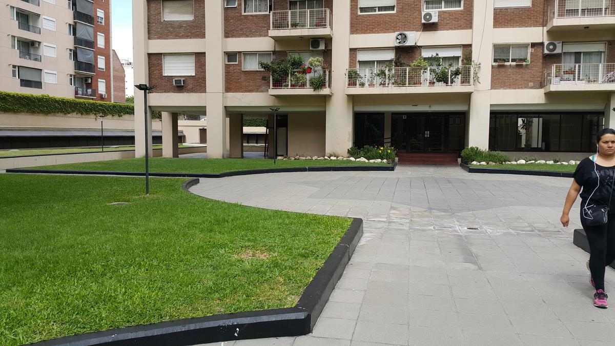 Foto Departamento en Alquiler en  Caballito ,  Capital Federal  Felipe Vallese 450 14º B