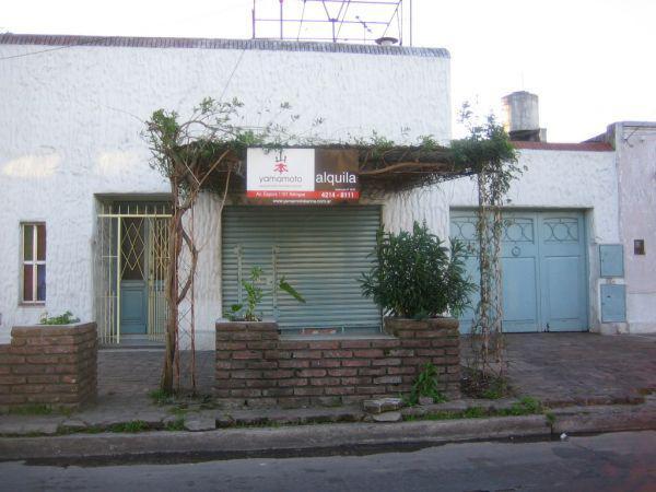 Foto Local en Alquiler en  Temperley,  Lomas De Zamora  Cangallo 802 Témperley