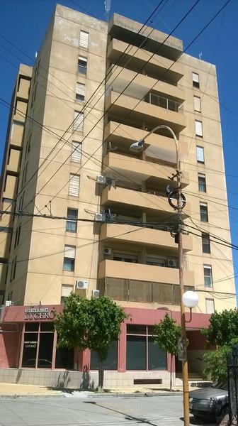 Foto Departamento en Venta en  Villa Regina,  General Roca  DEPARTAMENTO EN EDIFICIO SANTANDER