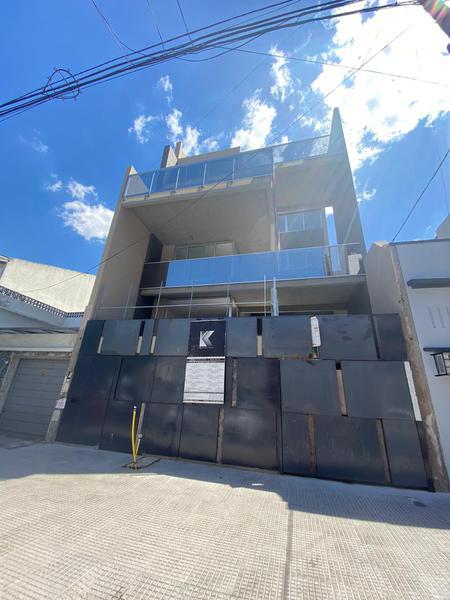 Foto Departamento en Venta en  Villa Luro ,  Capital Federal  Corvalan 171 4º Piso