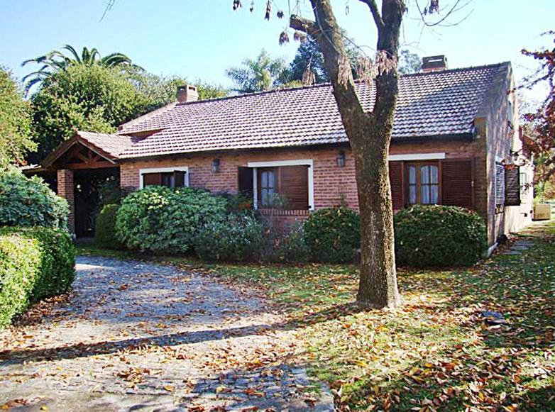 Foto Casa en Alquiler en  Los Cardales,  Countries/B.Cerrado  Ruta N°4 Km 4, Los Cardales Country Club
