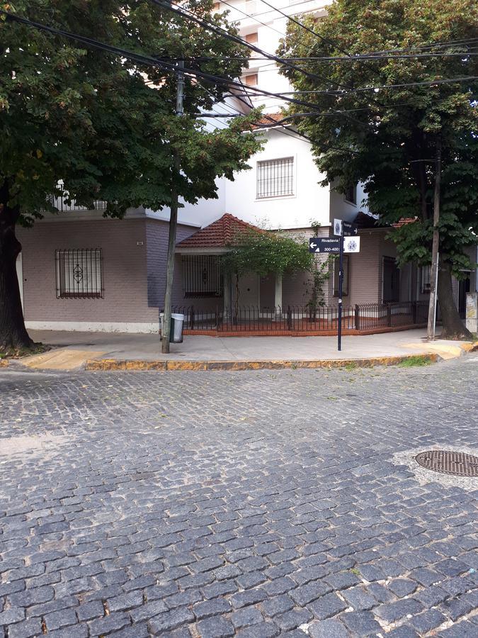 Foto Local en Venta en  S.Isi.-Centro,  San Isidro  Rivadavia al 300