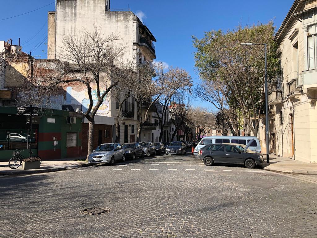 Foto Local en Venta en  Constitución ,  Capital Federal  Peru al 1700