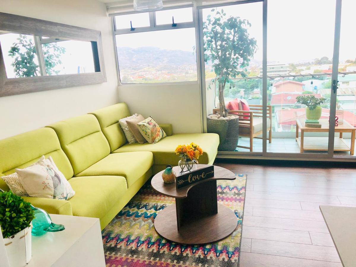 Foto Departamento en Venta en  Mata Redonda,  San José  Apartamento en Sabana con vista en 5to piso / 3 habitaciones