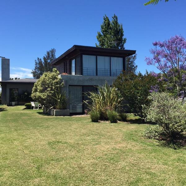 Foto Casa en Alquiler en  La tahona ,  Colonia Nicolich  La tahona