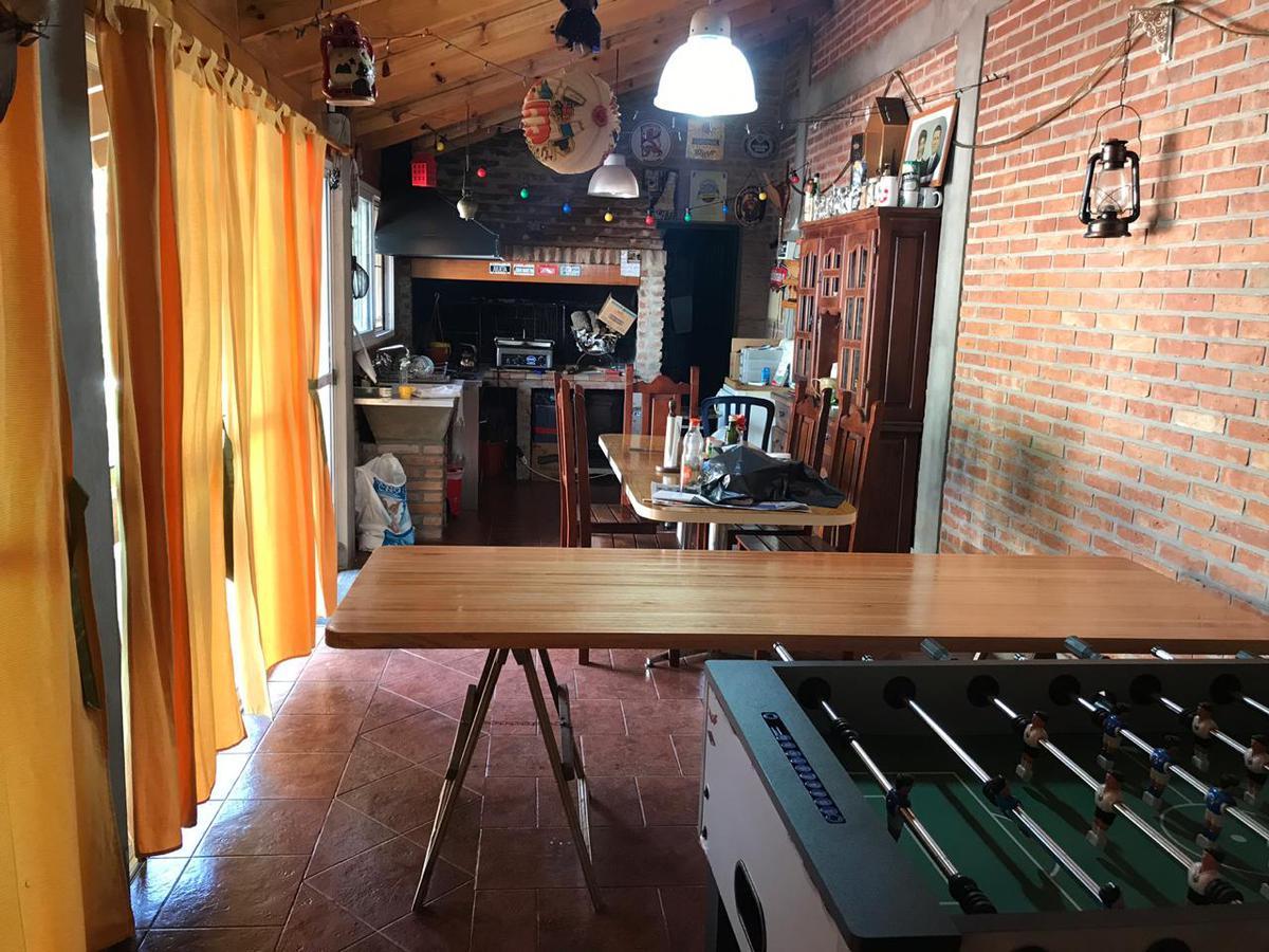 Foto Casa en Venta en  Rafael Calzada,  Almirante Brown  COLON 3530