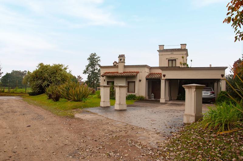 Foto Casa en Venta en  Yerba Buena ,  Tucumán  Las Yungas