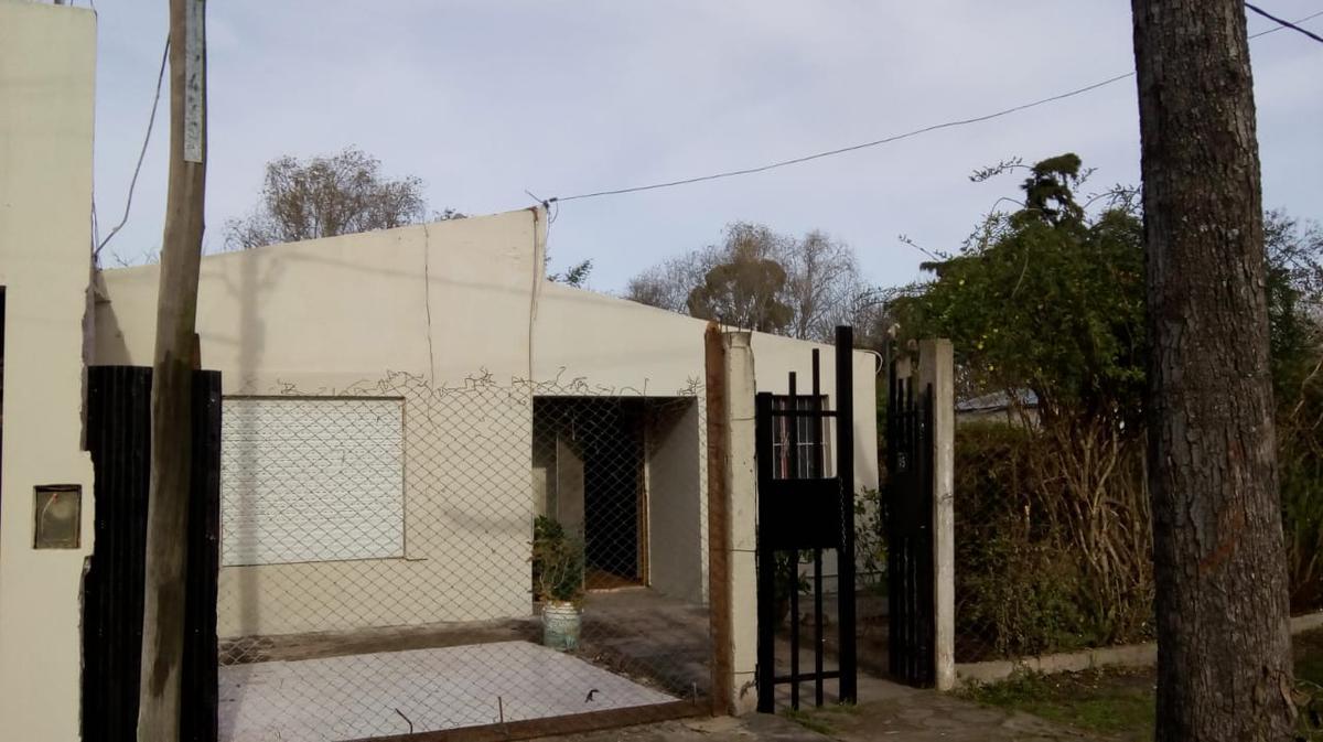 Foto Casa en Venta en  Villa Elvira,  La Plata      605 e/ 120 y 121