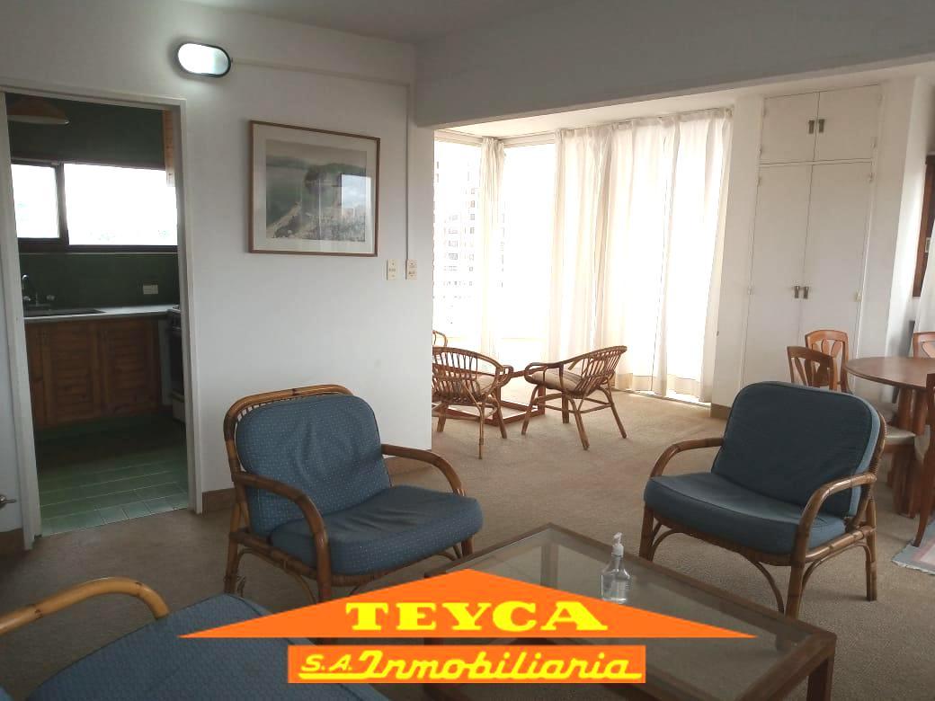 Foto Departamento en Venta en  Centro,  Pinamar  AV BUNGE 545 ESQ. AV LIBERTADOR