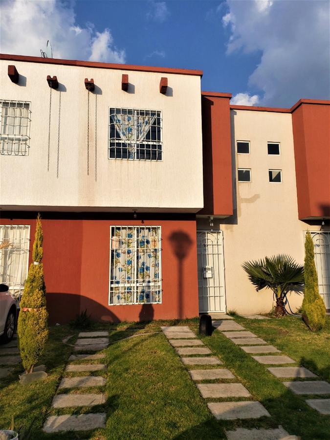 Foto Casa en Venta en  Xonacatlán ,  Edo. de México  Casa Seminueva en Venta en Villas del Bosque, Xonacatlán.