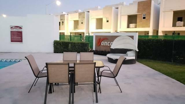 Foto Casa en Renta en  Gral. Escobedo ,  Nuevo León  FRACCIONAMIENTO PRIVADAS DE CANADA ESCOBEDO N L