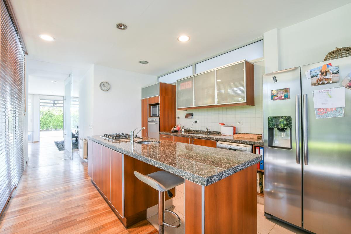 Casa de 3 dormitorios en venta con pileta Barrio cerrado Fisherton Aldea