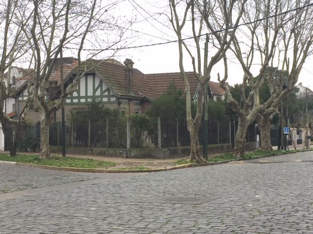 Foto Casa en Venta en  Temperley Oeste,  Temperley  Av. Fernandez 271 esq. Suarez