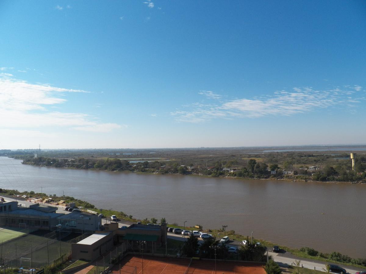Foto Departamento en Venta |  en  Santa Fe,  La Capital  Puerto Amarras II
