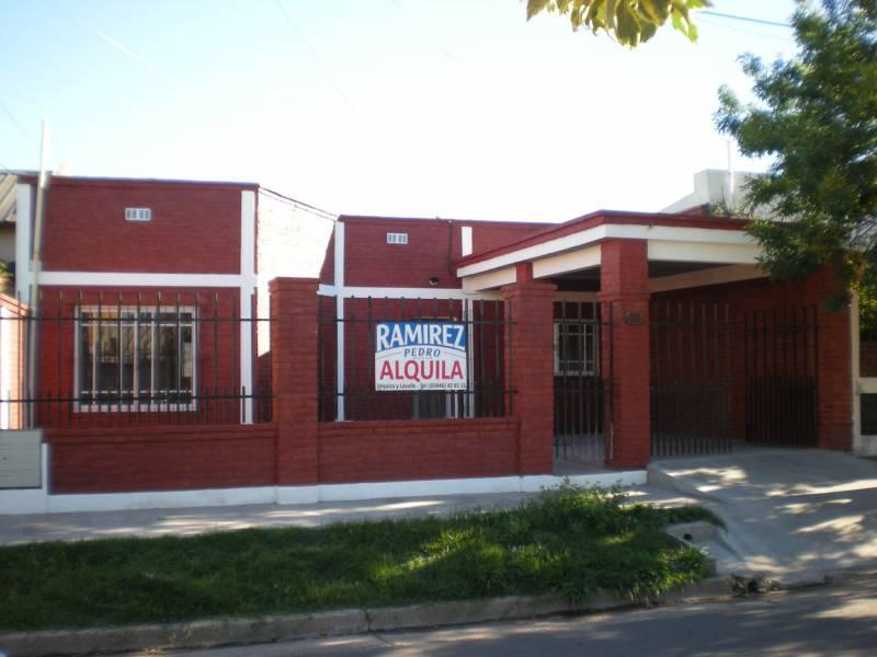 Foto Casa en Venta en  Gualeguaychu ,  Entre Rios  Perito Moreno al 1000