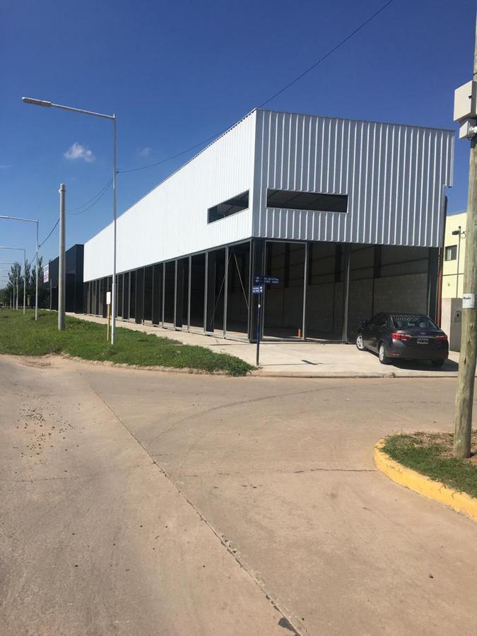 Foto Local en Alquiler en  Tierra de Sueños 3,  Roldán  Autopista Rosario-Cordoba