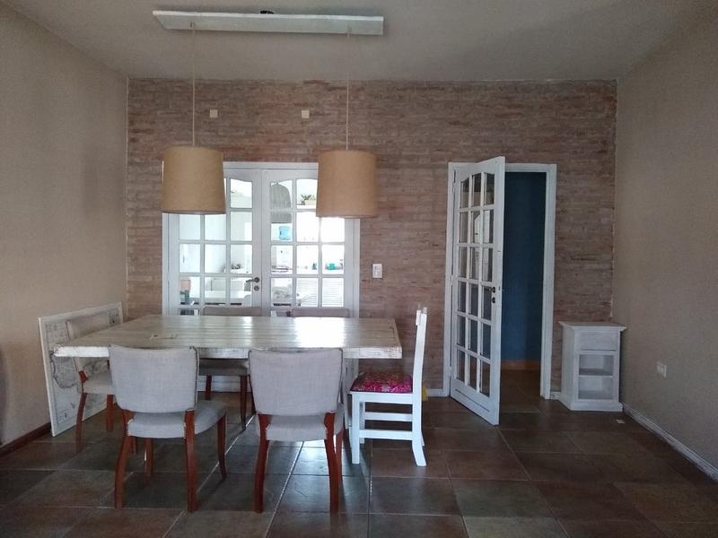 Foto Casa en Venta en  Tigre,  Tigre  Venta Casa Tigre Saldias al 900