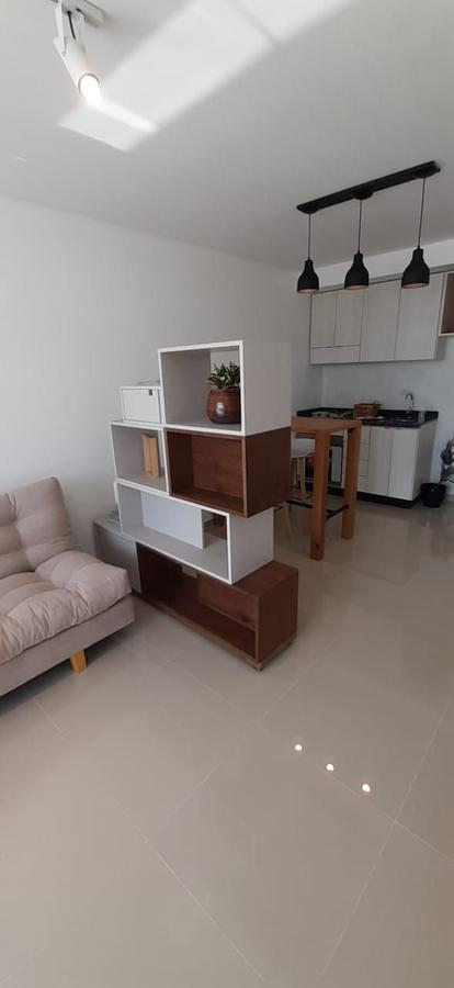 Foto Departamento en Venta en  Macrocentro,  Rosario  Ov. Lagos 568