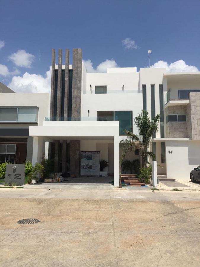Foto Casa en Renta en  Benito Juárez ,  Quintana Roo  HERMOSA CASA RENTA AQUA RESIDENCIAL CANCUN