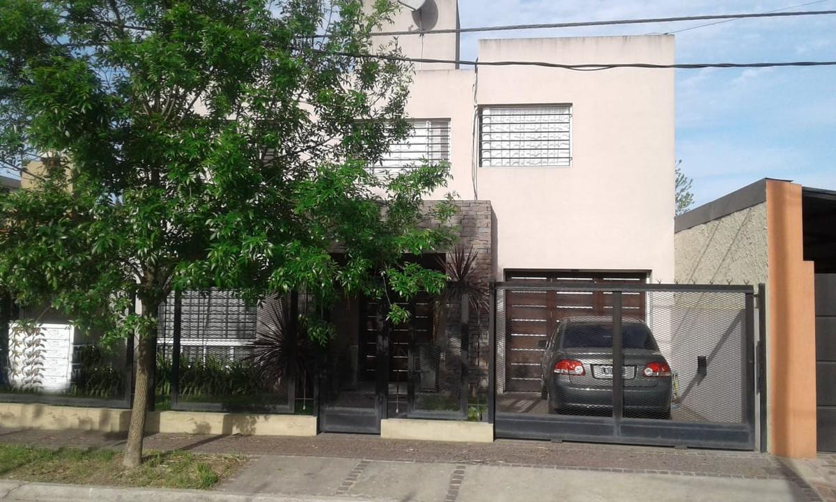Foto Casa en Venta en Ingeniero Quartino al 2200, G.B.A. Zona Oeste | Ituzaingó | Ituzaingó