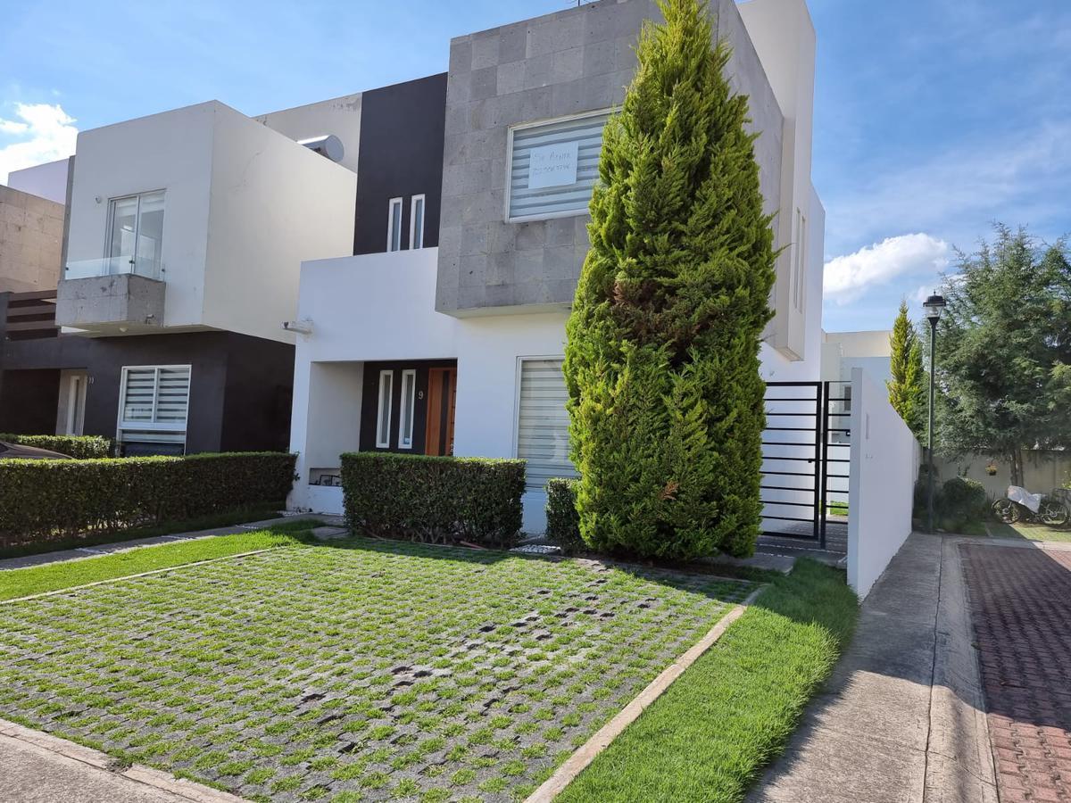 Foto Casa en condominio en Renta en  Metepec ,  Edo. de México  SAN MIGUEL TOTOCUITLAPILCO METEPEC Estado de Mexico